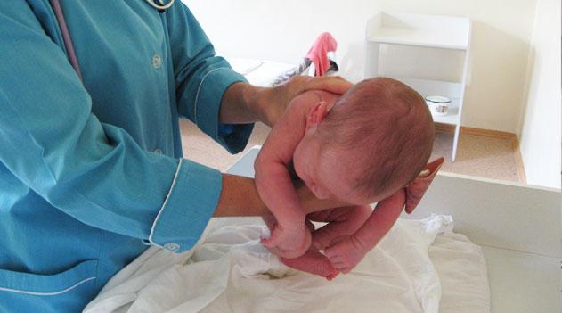 Первые дни жизни ребенка: наблюдение неонатолога